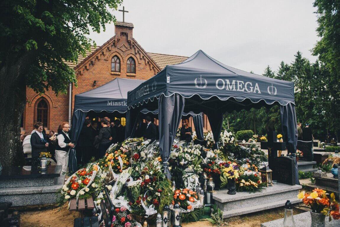 kwiaty na pogrzebie